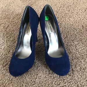 Steve Madden rounded toe pumps